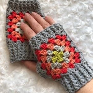 Fingerless Granny square gloves handmade